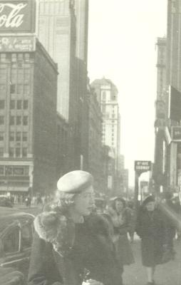E- NEW YORK 42ND ST