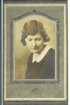 Y- MARY ELIZABETH PORTRAIT